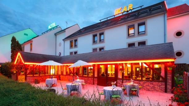Restaurant Inter Hôtel Ikar Extérieur de nuit