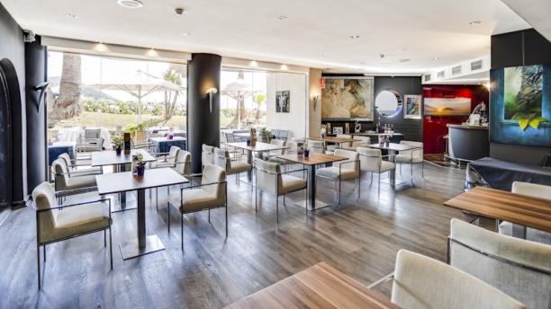 Iris Gallery - Hotel del Arte Vista sala