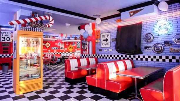 Restaurant 1950 american diner figline figline for American bistro cuisine