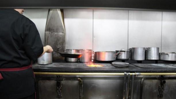 Restaurante el hylogui de las letras en madrid opiniones - Cocina de carbon ...