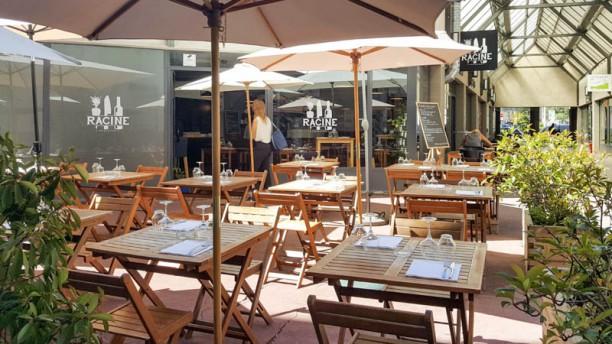 Racine Restaurant Terrasse