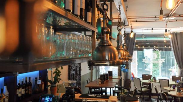 Mickey S Caucasian Kitchen Bar In Haarlem Restaurant