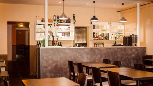 Restaurant africain aboussouan in nantes restaurant for T s dining and lounge virden menu