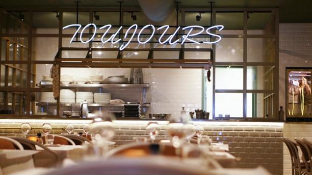 Toujours Urban Frenchy Bistro Restaurantzaal