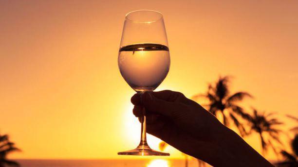 Le Quai Food & Drinks RESTAURANT Verre
