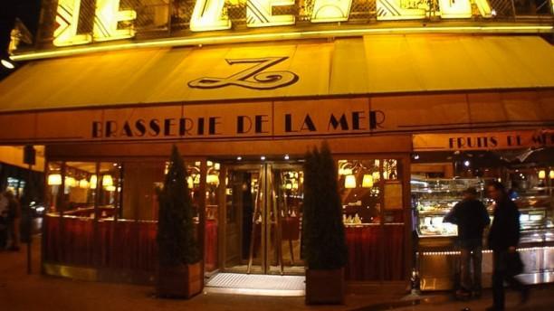 Le Zeyer Devanture de nuit du restaurant Le Zeyer