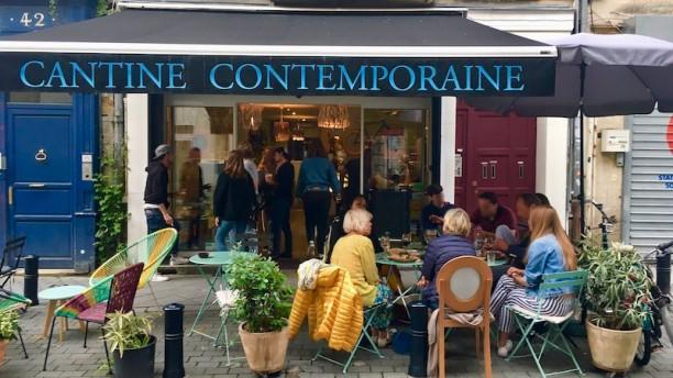 Arty Cafe Entrée