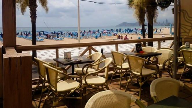 detalle terraza - Sol Beach, Benidorm
