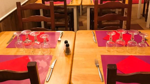Grill House Tapas Vue de la salle