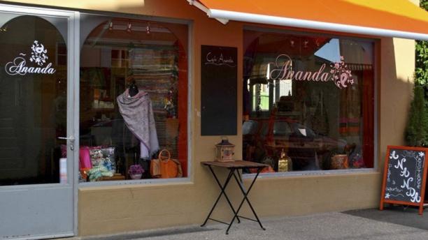 Ananda Café Boutique Vue extérieure