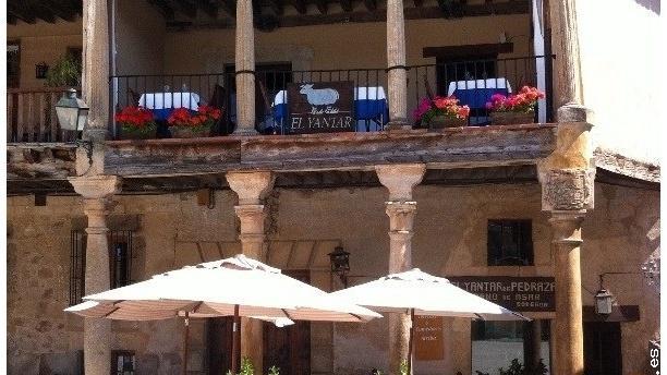 Restaurante el yantar de pedraza en pedraza men for Restaurante el jardin pedraza
