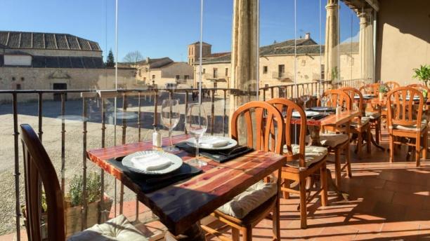 Restaurante el yantar de pedraza en pedraza opiniones for Restaurante el jardin pedraza