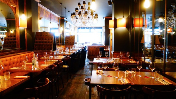 Louis Vins Salle du restaurant