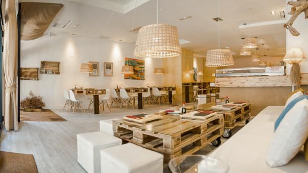 Art & Sushi - A Coruña Vista sala