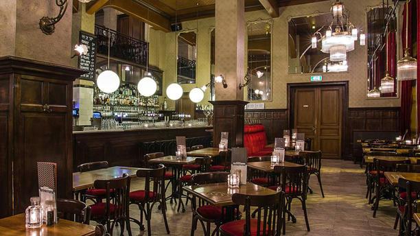 Grand café Brinkmann Het restaurant