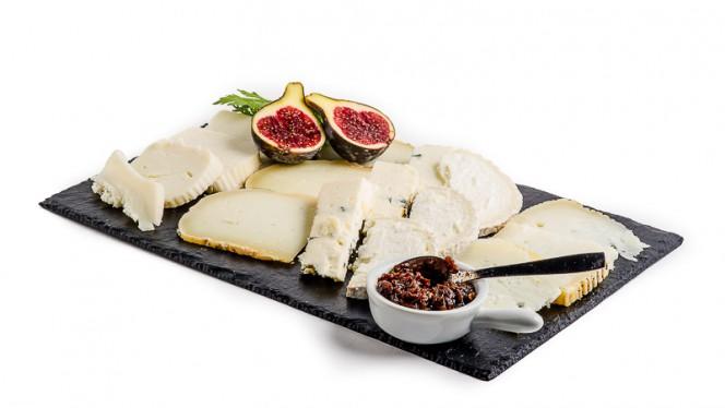 mesa quesos - Beercat, Vilafranca Del Penedes