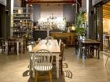 Roberto Restaurant & Bistrot
