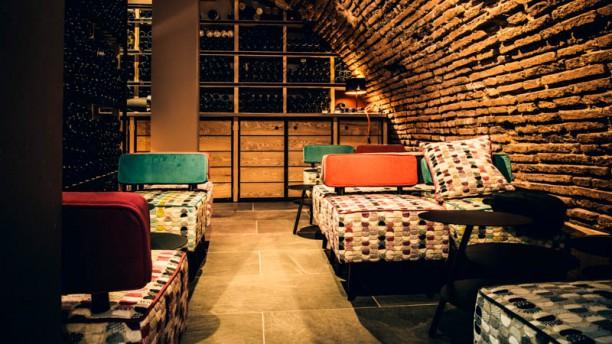 N5 Wine Bar - Bar à vin salle