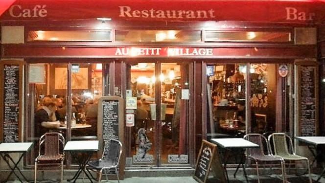 Au Petit Village - Restaurant - Paris