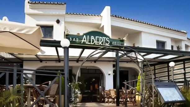 Alberts Bar & Grill Vista entrada