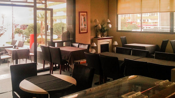 El Primer Cafè Interior restaurante