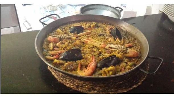 Can Pujol paella