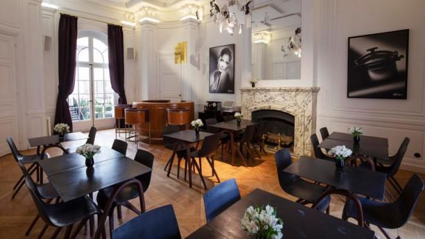 Café Harcourt Salle