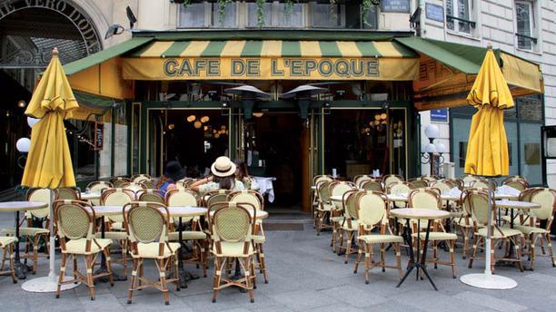 Café de l'Époque apreçu de l'extérieur
