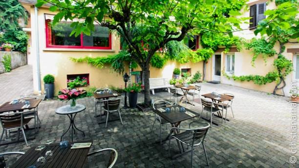 Restaurant la terrasse fleurie divonne les bains 01220 menu avis prix et r servation - Terrasse et jardin la rochelle ...