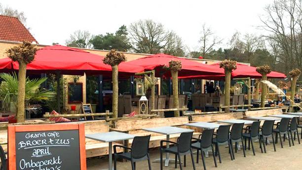 Grand Café Broer&Zus Terras