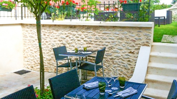 L 39 auberge du chasseur in grosrouvre restaurant reviews for Auberge du jardin