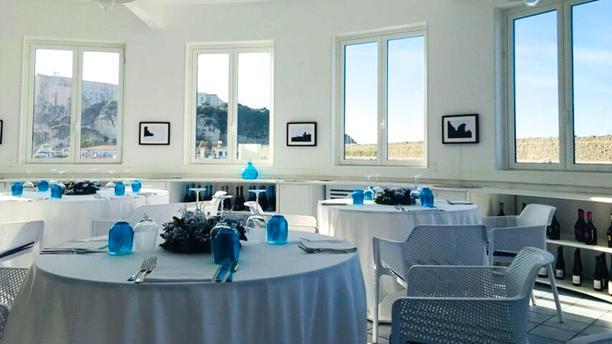 Marina Yacht Club Tropea Sala