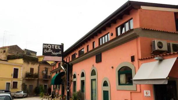 Bella Napoli La facciata