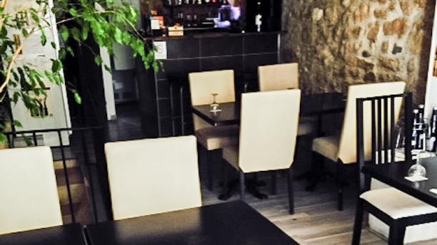 Triple 5 Vue tables