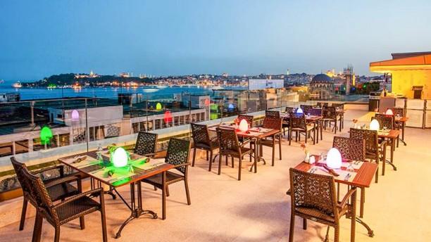 Restaurant n terrace nidya hotel galataport istanbul for Terrace 33 menu