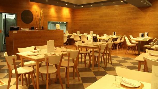 Bambu Sushi Spot Sala
