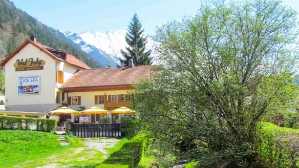 Val Joly Le restaurant, le paysage