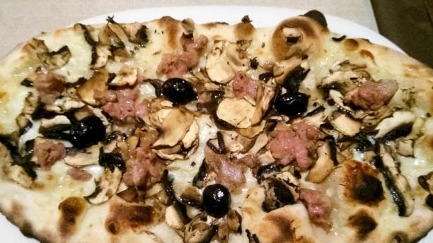 Osteria la Greppia pizza