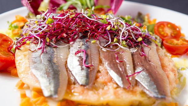 La Tertúlia coca sardinas