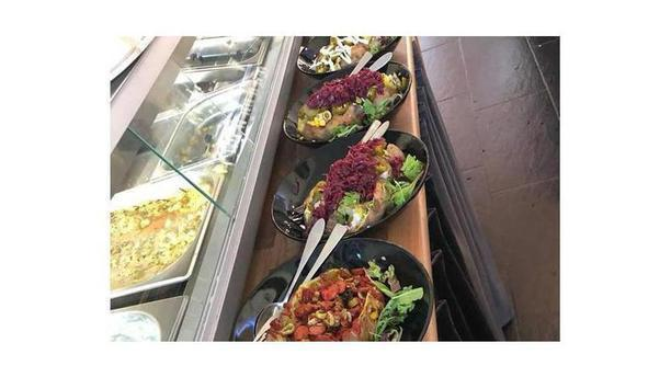 Cafe Lunchroom Papatia Elite ontbijt/lunch