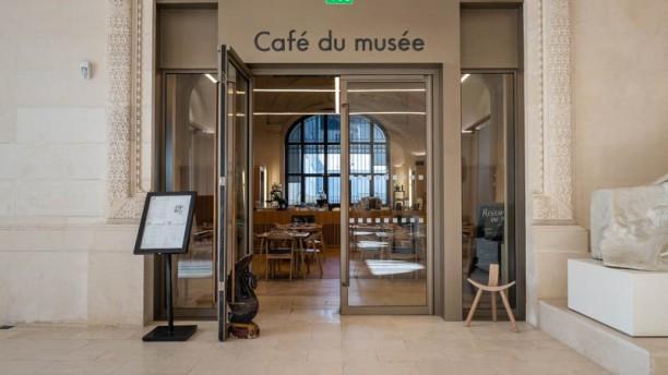 Café du Musée d'Arts de Nantes Devanture