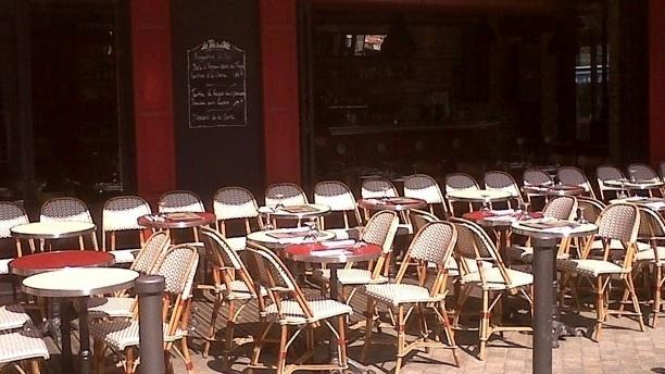 """Au Roi du Café """"Les Puces"""" Terrasse"""