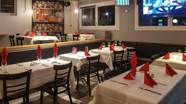 Kashmir Payerne Salle du restaurant
