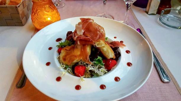 Le petit port restaurant rue du jonquier 06500 menton - Restaurant les terrasses du petit port nantes ...