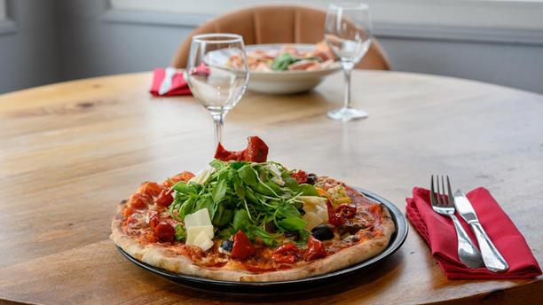 Le Milano Pizza
