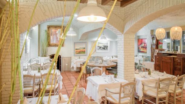 El Pelegrí-Hotel Pirineos Vista sala