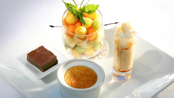 Hostellerie de la Source Le café gourmand