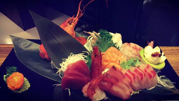 Kaisen asian fusion Sashimi