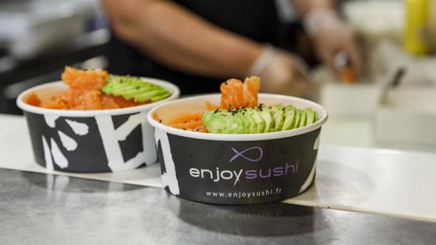 Enjoy Sushi Marignane Chirashi saumon avocat