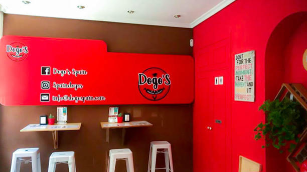 Dogos's Grill Vista del interior
